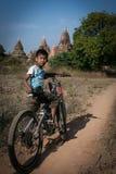 Bagan en stad av tusen tempel Arkivfoton