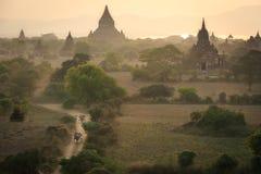 Bagan en stad av tusen tempel Fotografering för Bildbyråer