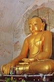 Bagan Gawdawpalin Temple Buddha Statue Myanmar Arkivfoto