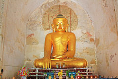 Bagan Gawdawpalin Temple Buddha Statue Myanmar Royaltyfria Foton