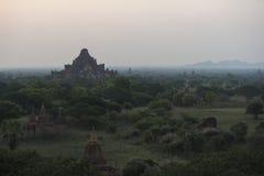 Bagan i morgonen, Myanmar Royaltyfri Fotografi