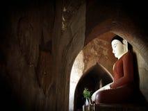Будда, Bagan, Бирма (Myanmar) Стоковая Фотография