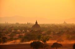 Bagan Myanmar, Birma w zmierzchu zdjęcia stock