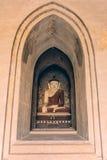 Bagan Myanmar, Buddha i tempel Arkivfoto