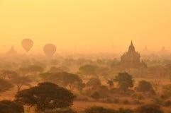 Bagan Myanmar, Burma no por do sol Foto de Stock Royalty Free