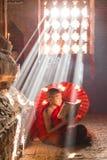 BAGAN MYANMAR - FEBRUARI 20: Oidentifierad ung buddismnovispra Arkivfoton
