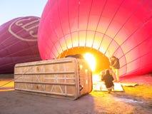 Bagan, Myanmar - Januari 26, 2015: Ballons die over Bagan bri gebruiken Stock Fotografie