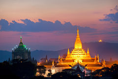 bagan myanmar skymning Arkivbild