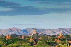 bagan Myanmar wschód słońca świątynie Obrazy Royalty Free