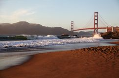 Bagare Beach och Golden gate bridge, San Francisco Royaltyfri Fotografi