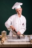 bagaren släntrar att göra poäng Arkivfoton