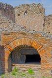 Bagareugn på Pompeii, Italien Arkivbild