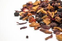 Bagas e frutos secados Chá do fruto Partes coloridas de fruto Vista lateral Fotografia de Stock Royalty Free