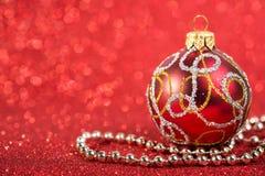 Bagattella d'annata della decorazione di natale festivo Fotografia Stock Libera da Diritti