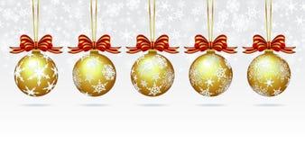 Bagattelle di Natale su una carta del fondo del fiocco di neve Fotografie Stock Libere da Diritti