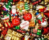 Bagattelle, giocattoli ed ornamenti di Natale Retro stile tonificato Immagini Stock Libere da Diritti