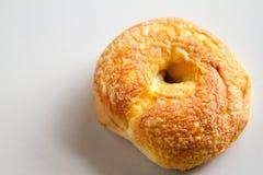 Bagel fresco de Asiago & de padaria do queijo cheddar Imagens de Stock