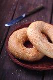 Bagel mit Samen des indischen Sesams lizenzfreies stockbild