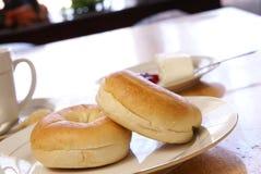 bagelfrukost Arkivfoto