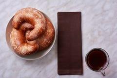 Bagels και τσάι, τοπ άποψη Στοκ εικόνες με δικαίωμα ελεύθερης χρήσης
