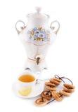 bagels τσάι σαμοβαριών φλυτζαν&i στοκ φωτογραφία