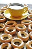 bagels φλυτζάνι καφέ Στοκ Εικόνες