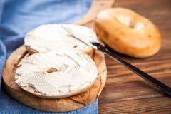 Bagels с плавленым сыром Стоковое фото RF