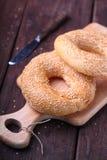 Bagels com sementes de sésamo Fotografia de Stock Royalty Free