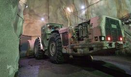 Bagger-Huge Machine Under-Boden lizenzfreies stockbild