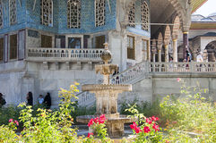 Baghdad kiosk i den Topkapi slotten, Istanbul, Turkiet arkivbild