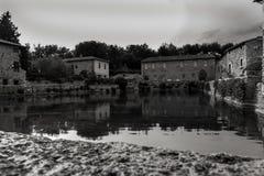 Bagna Vignoni zdroju Główny basen Obraz Royalty Free