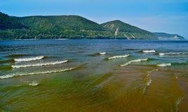 Bagni la banca del fiume Volga. Fotografia Stock