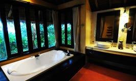 Bagno dell'hotel in Tailandia Fotografia Stock