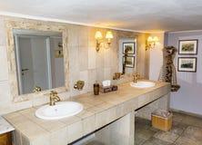Bagno moderno interno, progettazione moderna Fotografie Stock