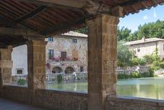Bagno Vignoni, Toscanië, Italië. stock foto's