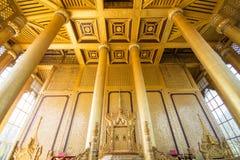 BAGO-MYANMAR-DECEMBER 27: Kambawza Thardi slott på December 27, 2015 i Bago, Myanmar Arkivbild