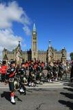 Bagpipes auf Parlaments-Hügel stockbilder