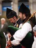 Bagpipes-Bänder in Asturias, Spanien stockfotografie