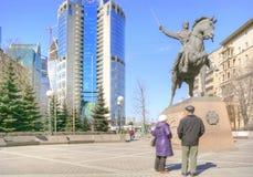 1812年Bagration将军战争的纪念碑英雄  图库摄影