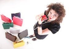 bags den älskvärda shoppingkvinnan Arkivfoto