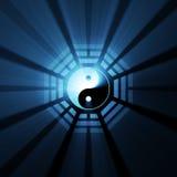 baguaen blossar ljus symbolyang yin Arkivfoton