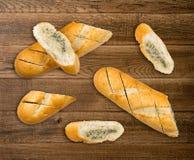 Baguette con mantequilla de ajo Imagen de archivo libre de regalías