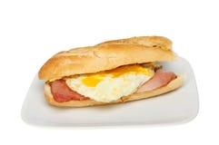 Baguette dell'uovo del bacon fotografia stock