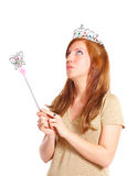 Baguette magique attrayante de magie de fixation de jeune femme photo stock