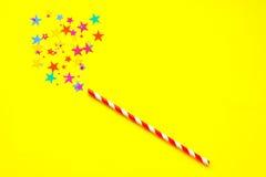 baguette magique magique sur le fond jaune Image stock