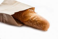 Baguettes franceses frescos no saco de papel fotos de stock royalty free