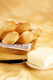 Baguettes frescos con mantequilla Fotos de archivo