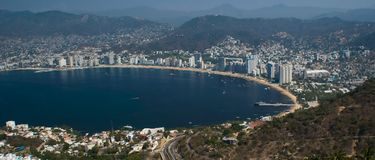 Bahía Ariel de Acapulco panorámico Imagenes de archivo