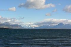 Bahía cerca de Puerto Natales Imagen de archivo libre de regalías