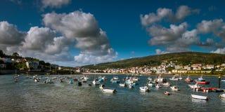 Bahía de Bayona en Galicia fotos de archivo